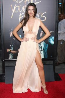 emily ratajkowski plunging neckline thigh high split celebrity prom gown we are your friends la premiere