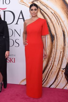 rachel roy red one shoulder sheath long celebrity evening dress cfda 2016