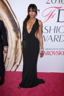 naomi campbell black cutout plunging open back red carpet prom dress cfda 2016