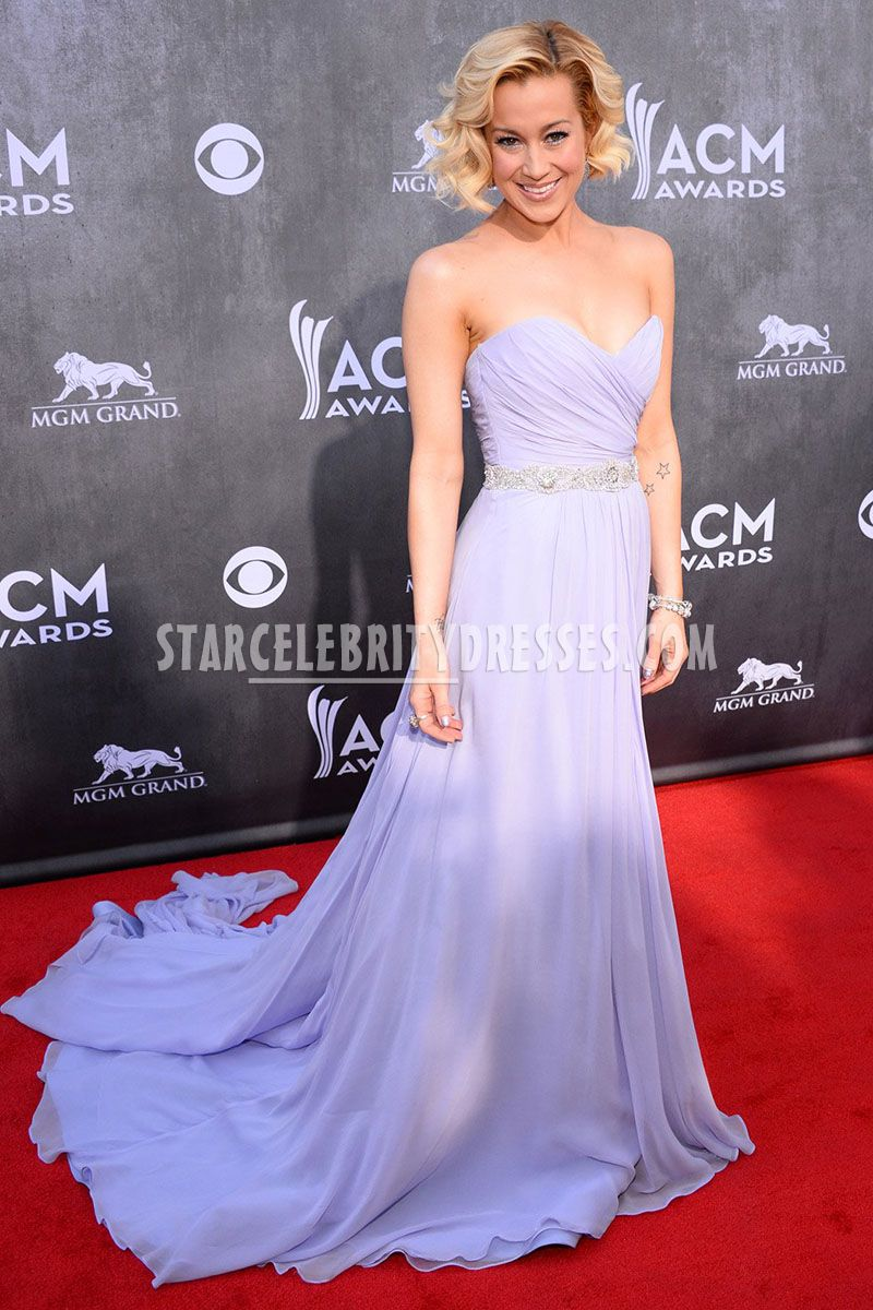 kellie pickler lavender chiffon sweetheart celebrity bridesmaid dress acm 2014