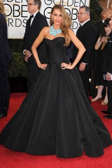 sofia vergara strapless black satin ball gown golden globes 2014 red carpet