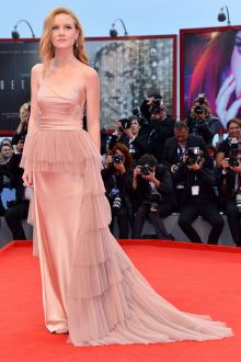 madisen beaty unique champagne prom dress venice film festival