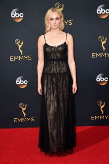 sophie turner classical elegant black lace empire evening prom dress emmys 2016