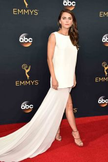 keri russell unique sleeveless jewel neck white red carpet prom dress emmys 2016