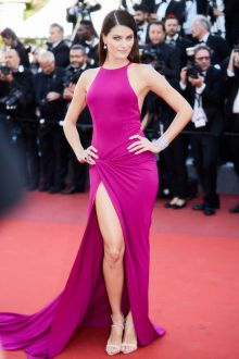 Isabeli Fontana Fuchsia Sleeveless Halter Mermaid Slit Prom Dress Cannes 2017