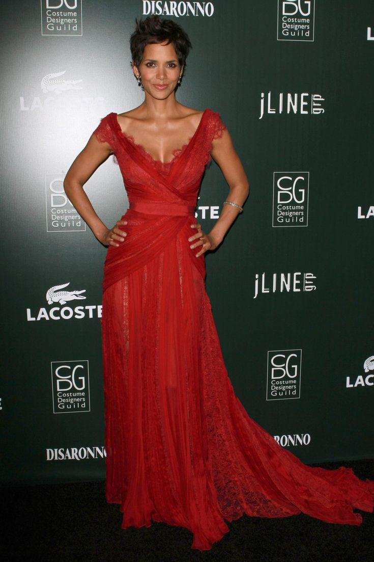 Halle Berry Evening Prom Dress Red Lace Costume Designers Guild Awards