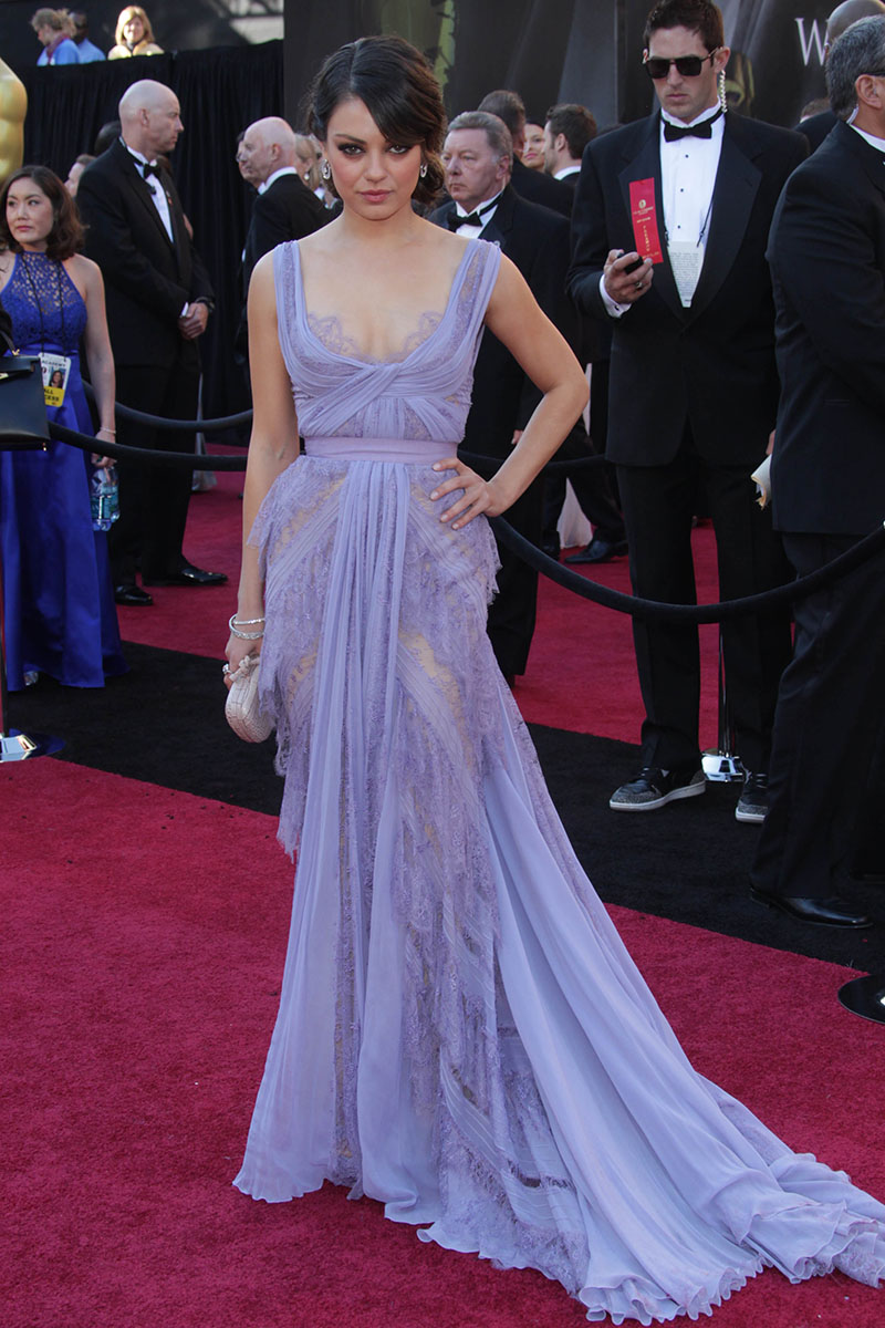 Mila kunis sheer lavender lace evening prom dress at oscar red carpet starcelebritydresses - Red carpet oscar dresses ...