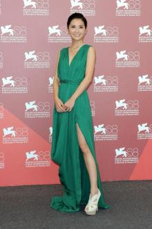sorcerer and white snake celebrity green prom dress on venice film festival