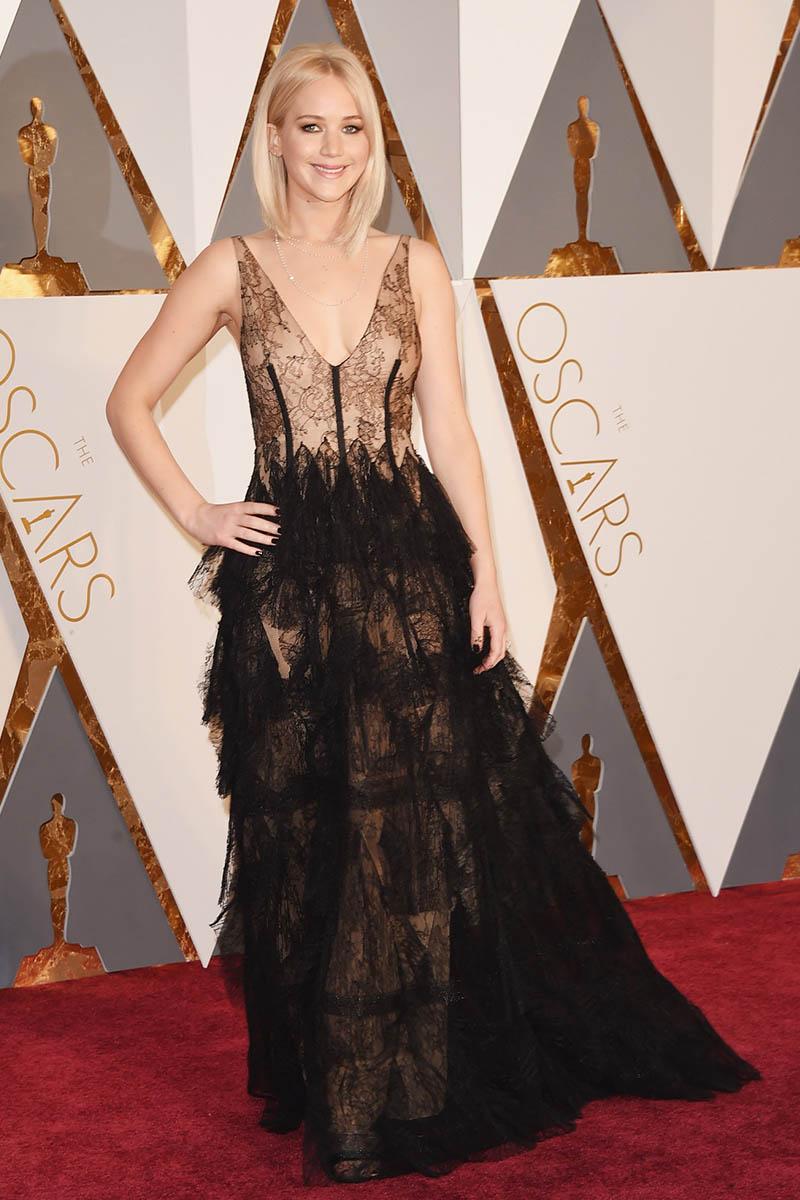 Jennifer lawrence see through black dress oscars 2016 red carpet