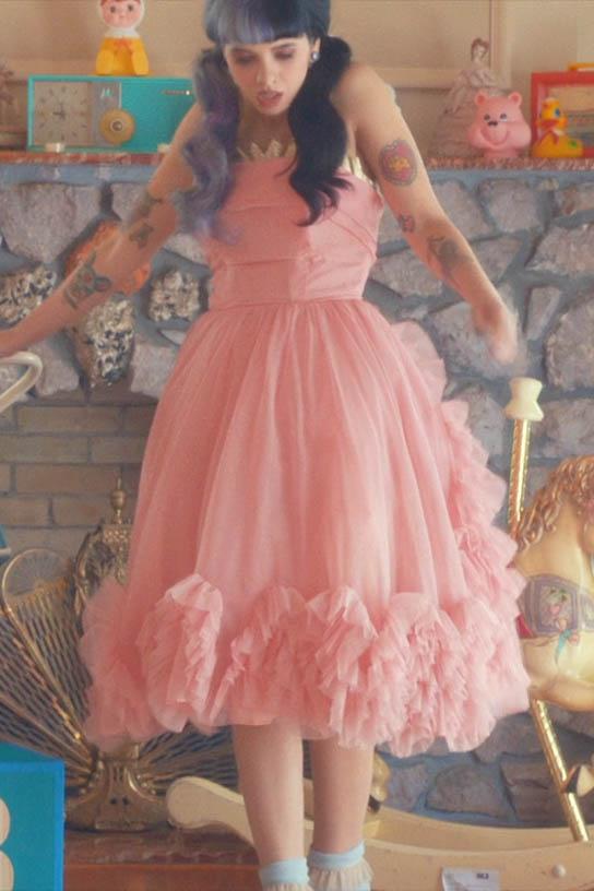 Celebrity Pink Dresses - Boutique Prom Dresses